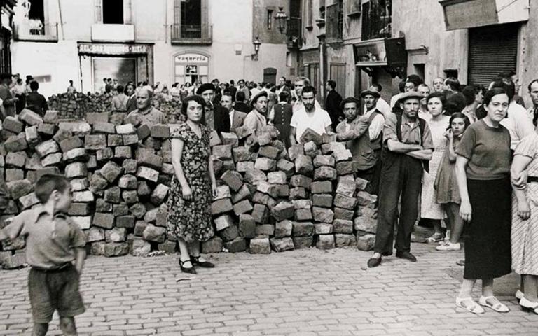 »a las barricadas«